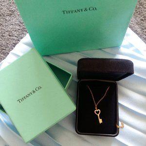 Tiffany Rose gold mini key pendant rose gold 18k